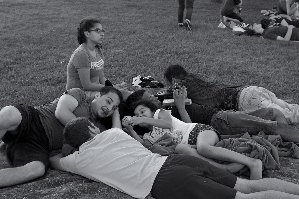 group-on-blanket-selenium.jpg