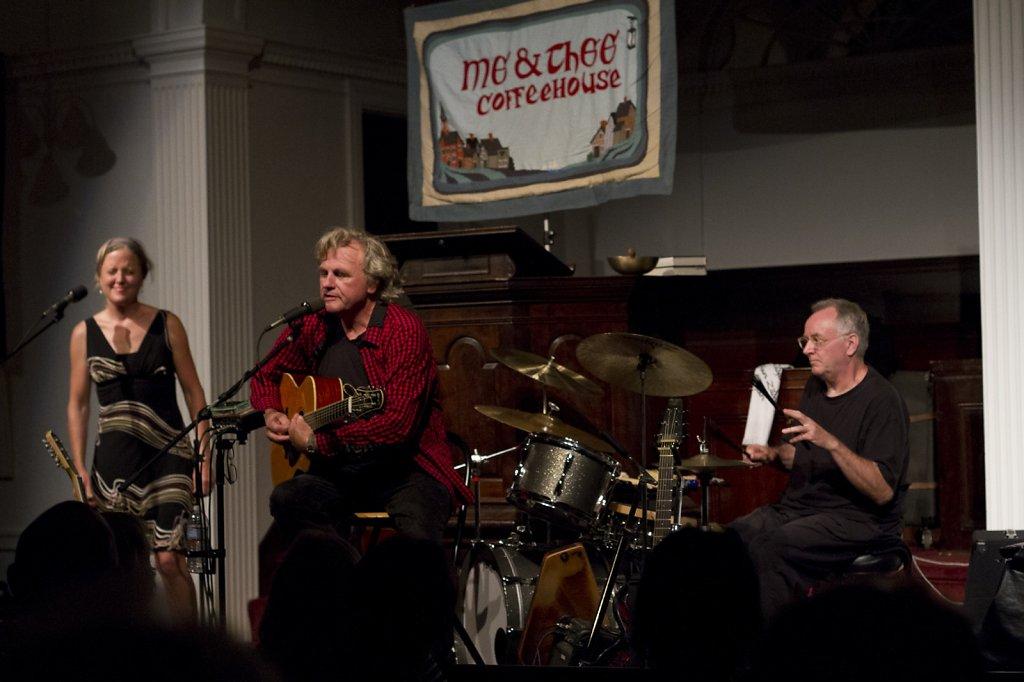 Harvey Reid & Joyce Andersen with Dave Mattacks