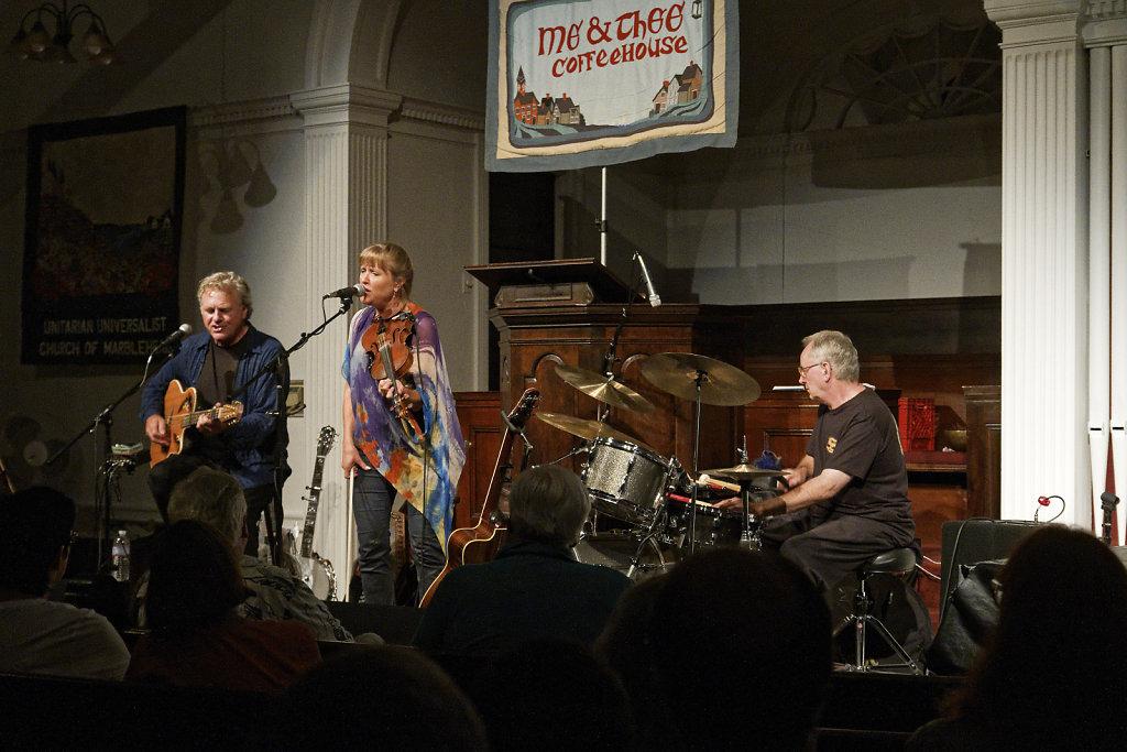 Joyce Andersen, Harvey Reid, Dave Mattacks
